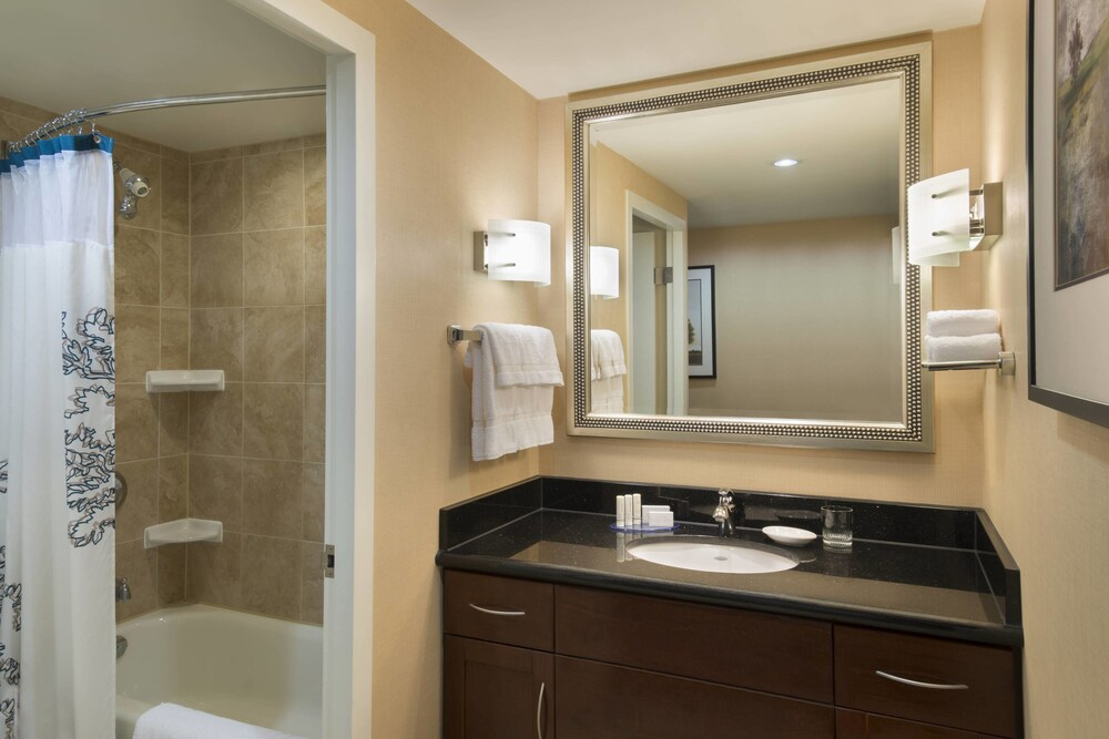 Gallery image of Residence Inn by Marriott Toronto Downtown Entertainment District