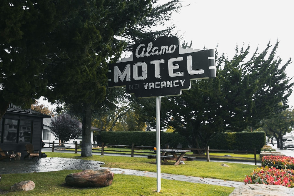 Gallery image of Alamo Motel