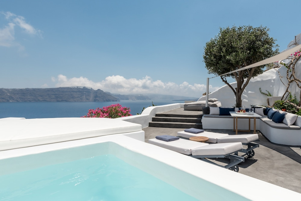 Chelidonia Luxury Suites Adults Only