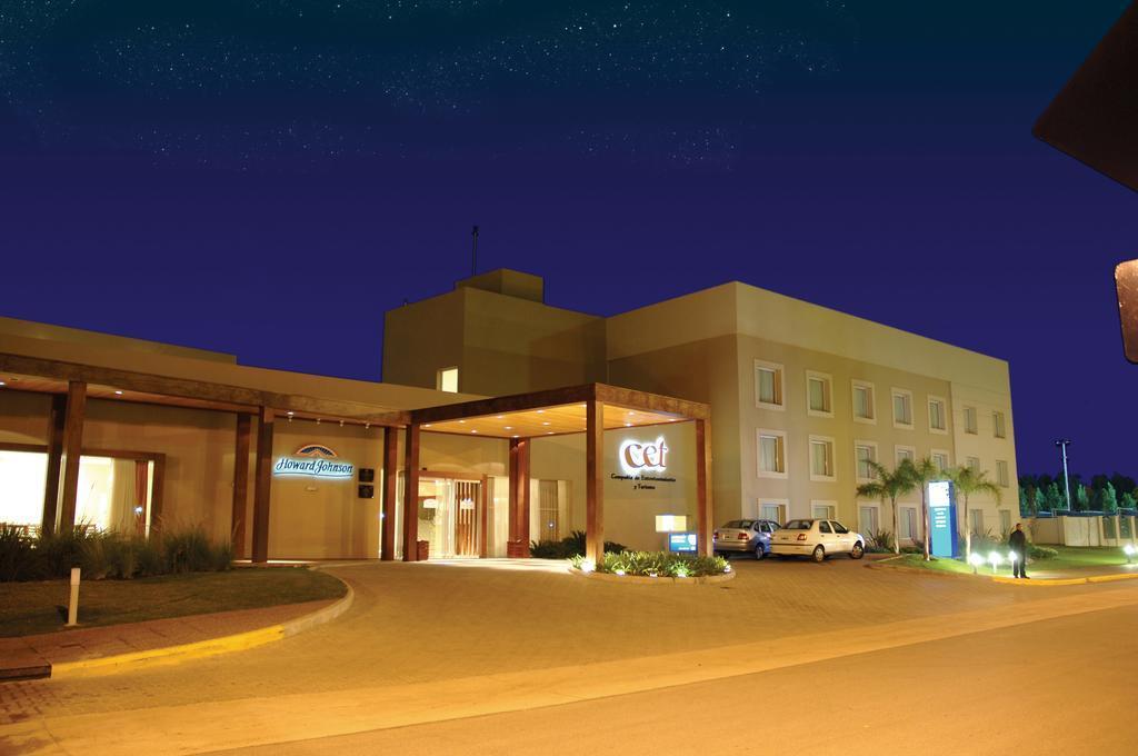 Gallery image of Howard Johnson by Wyndham Rio Cuarto Casino