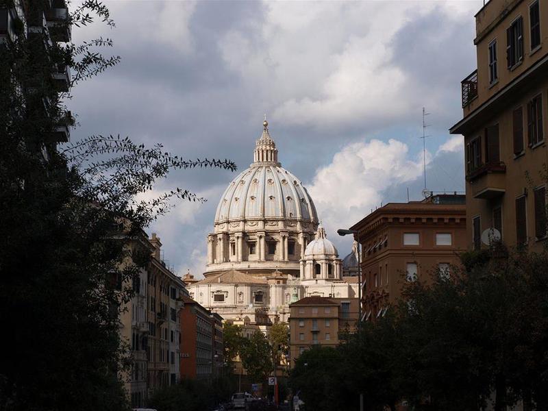Colazione Al Vaticano