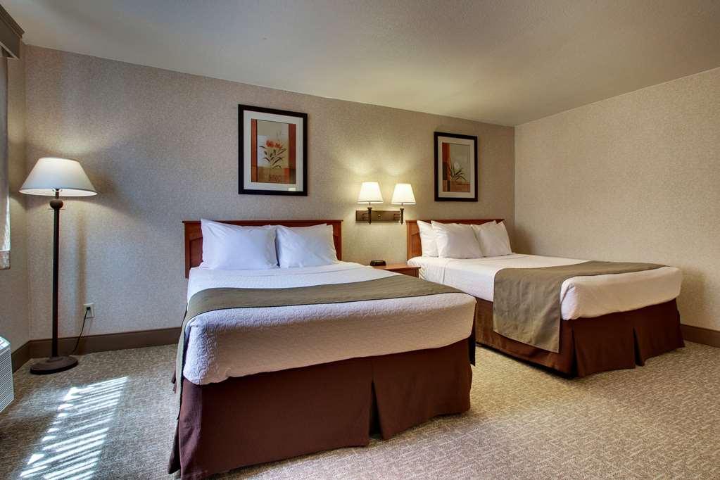 Gallery image of Best Western West Hills Inn