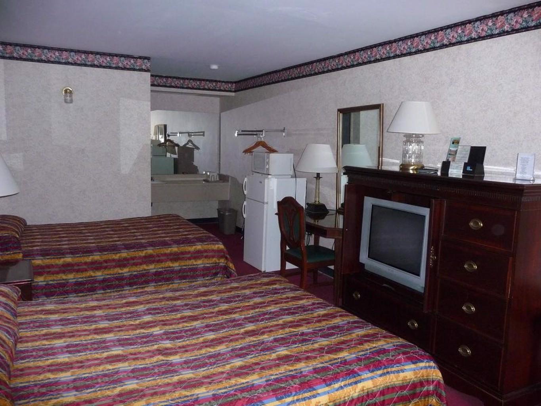 Gallery image of Royal Inn Motel