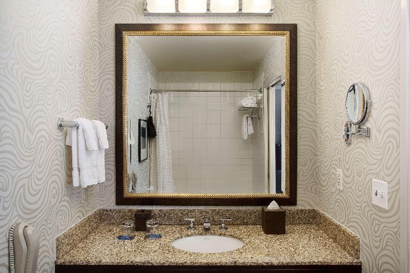 Juniper Hotel Cupertino Curio Collection By Hilton