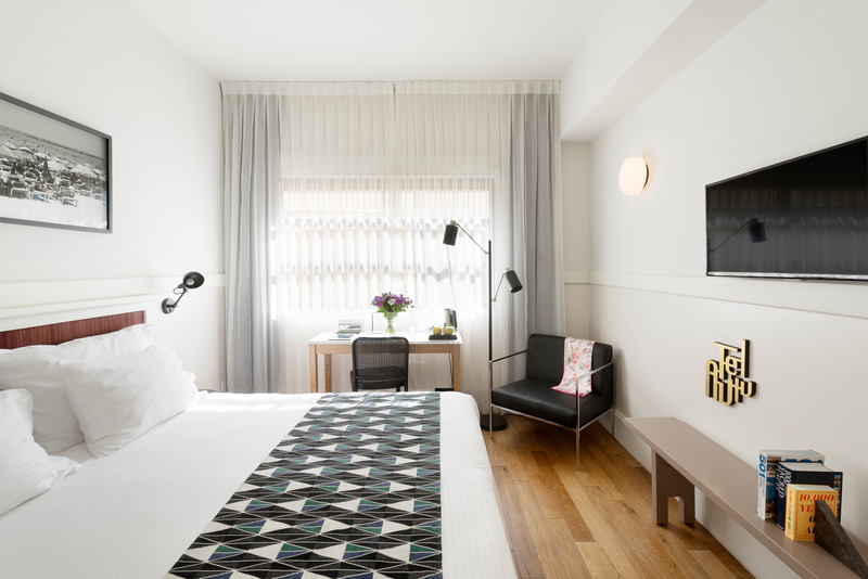 Lily & Bloom Hotel
