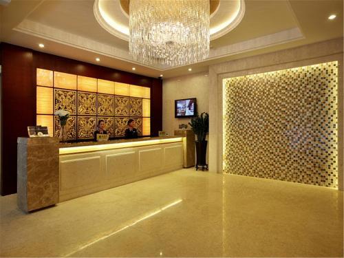 Donghua Jiayue Hotel Shenzhen