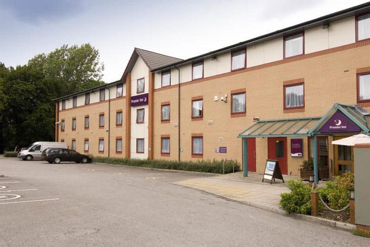 Premier Inn Harrogate South