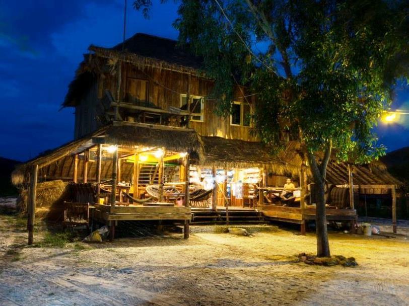 Pura Vita Resort