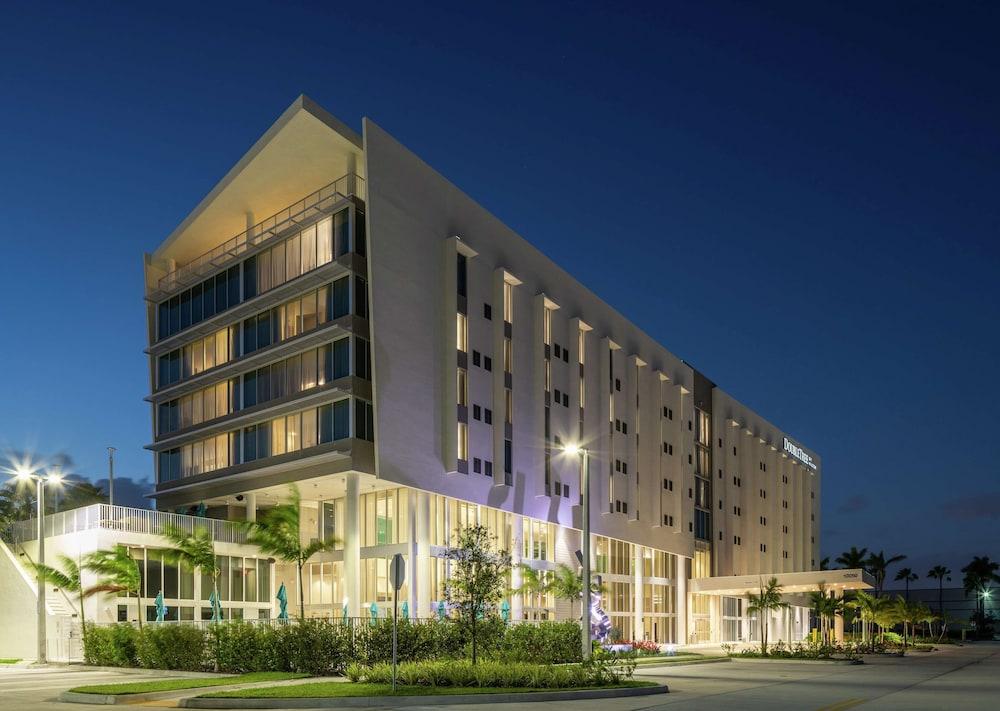 DoubleTree by Hilton Miami Doral FL