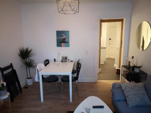 Cozy one bedroom apartment in vesterbro