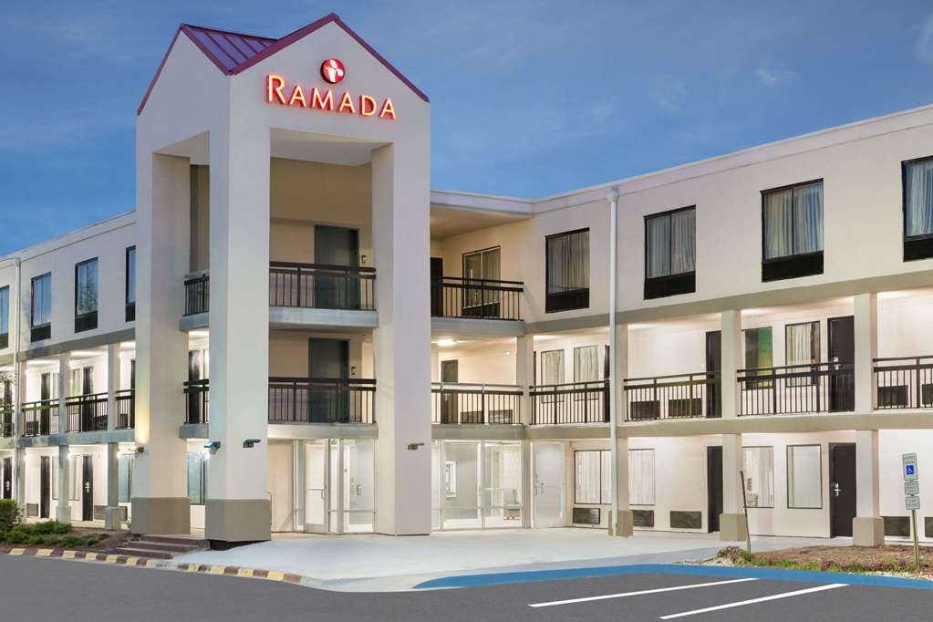 Gallery image of Ramada by Wyndham Greensboro