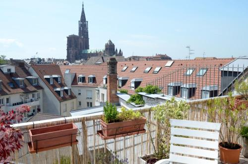 145m city center 4 bedrooms view of the Cathedral