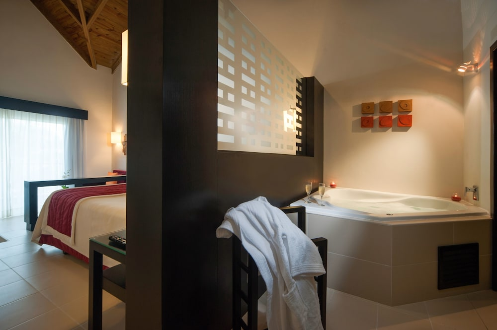 Gallery image of Punta Cana Princess All Suites Adults Only All Inclusive