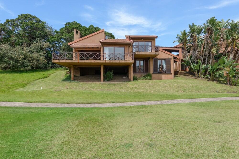 San Lameer Villa Rentals 10433