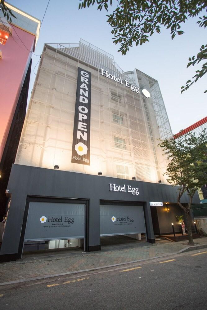 Hotel Egg