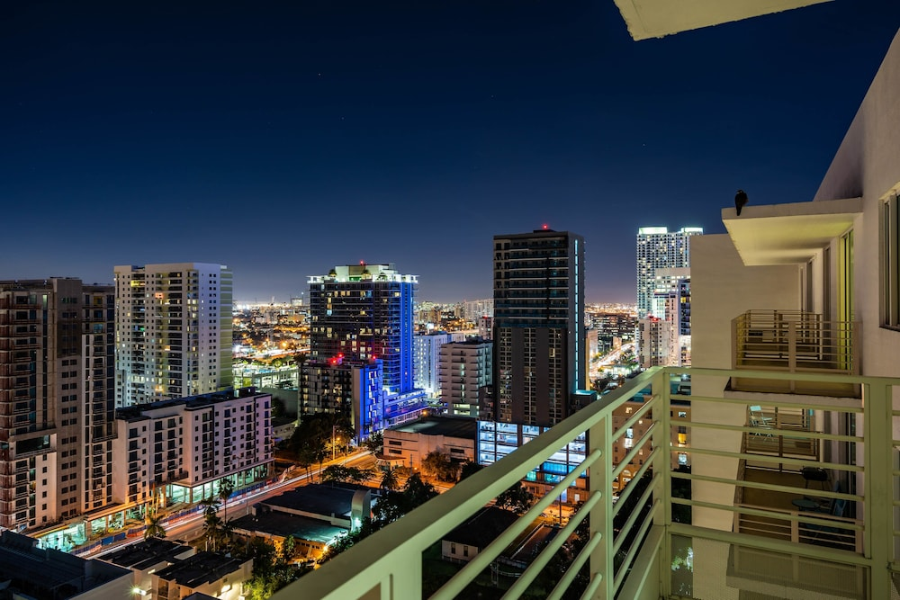 Brickell First Intimate 2 Bedroom Condo