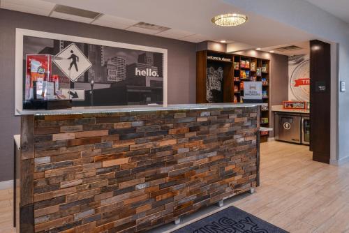 Hampton Inn & Suites Denver Speer Boulevard