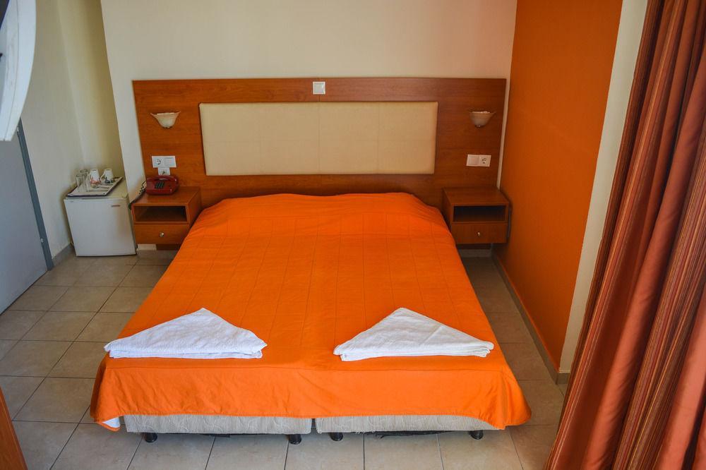 Gallery image of Achillion Hotel