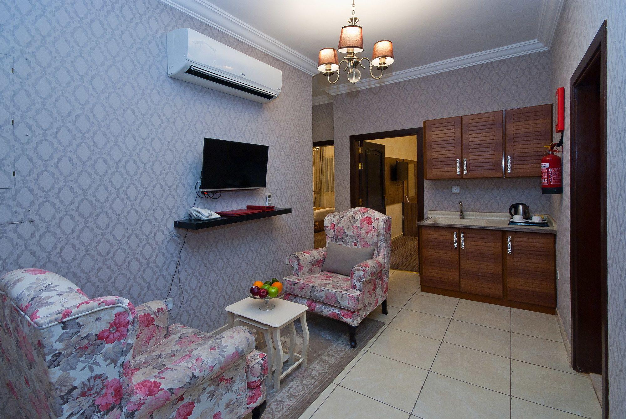 Nafoura Al Hamra Hotel
