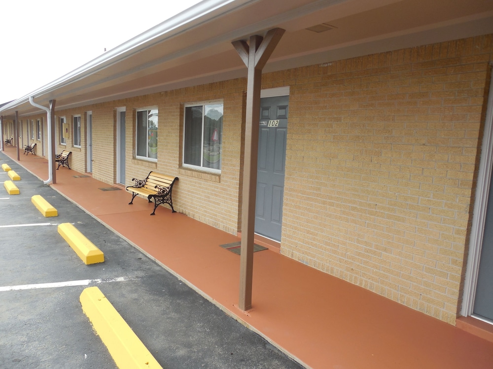Gallery image of River Heights Motel