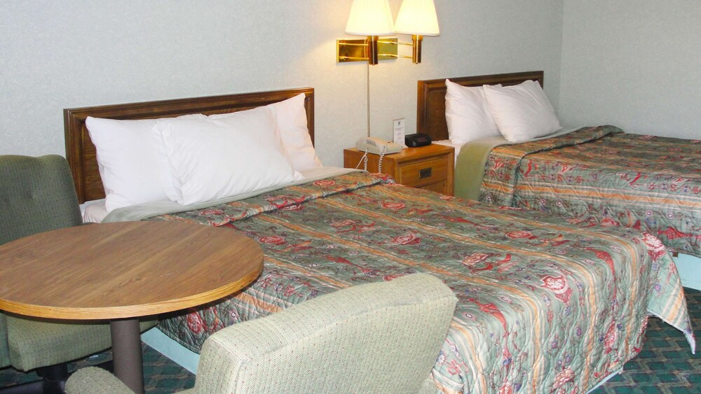 Gallery image of Royal Inn Knoxville Airport Alcoa