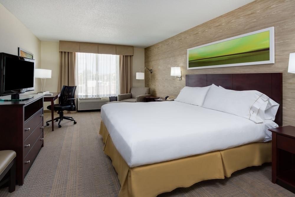 Gallery image of Holiday Inn Express Wilkesboro