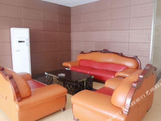 Gallery image of Junjia Pearl Hotel