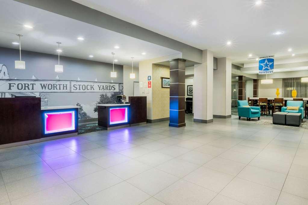 Gallery image of La Quinta Inn & Suites Fort Worth Eastchase