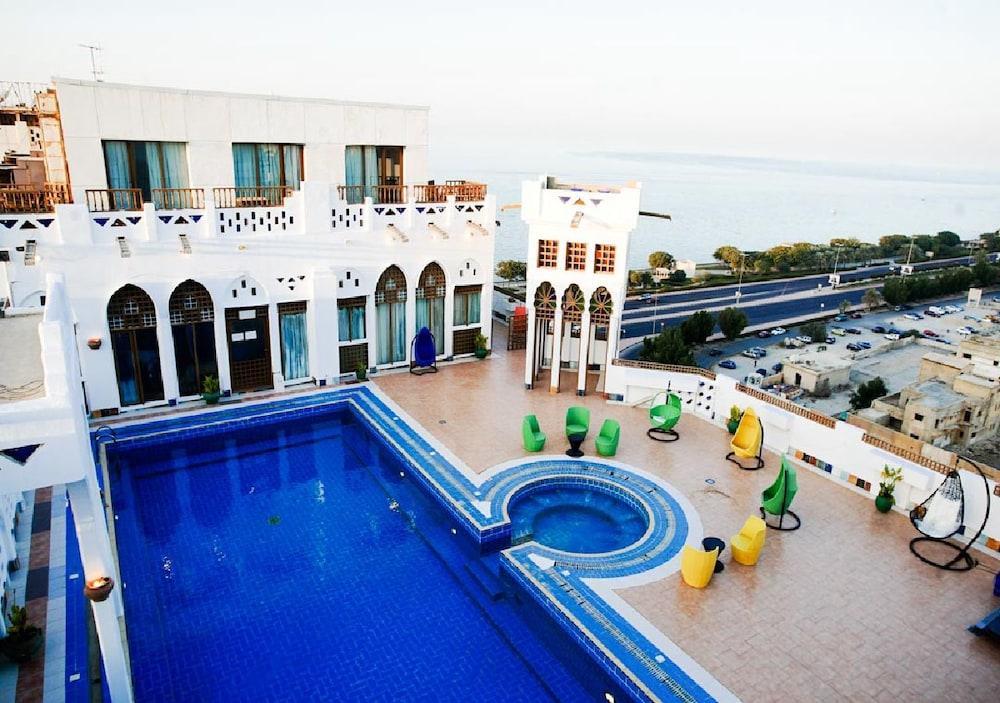 Kuwait Palace Hotel Apartments