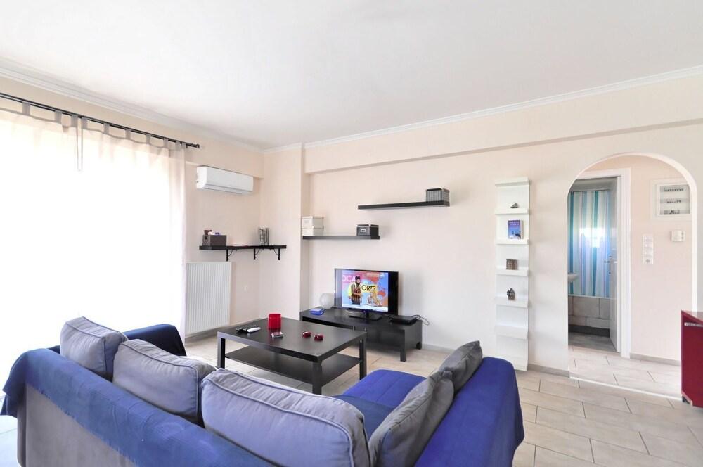 Kostas Cozy Apartment