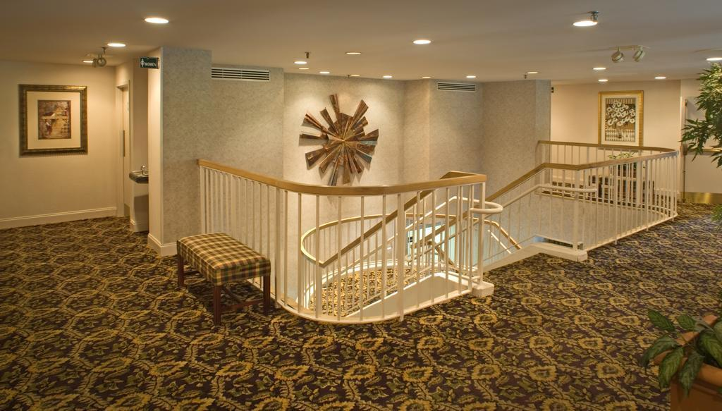 Gallery image of Ramada by Wyndham Nashville Music Valley
