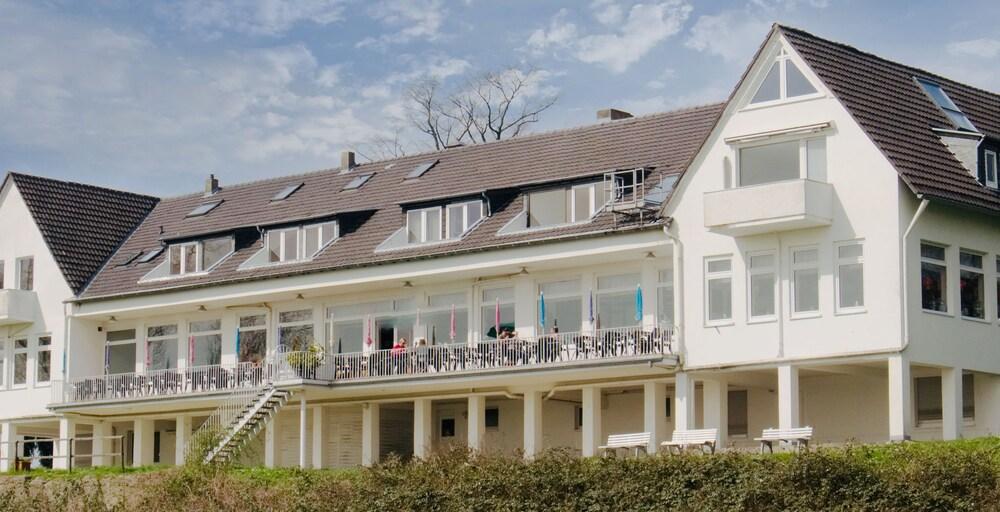 Hotel Fährhaus am Rhein