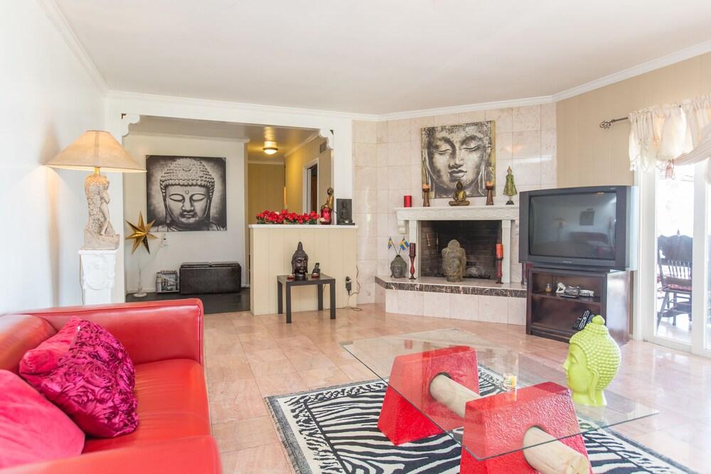 Bel Air Villa 3 Bedrooms Celebrity Area