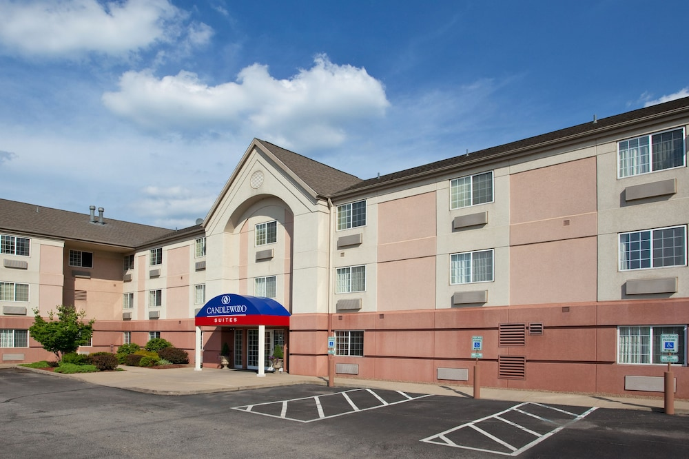 Candlewood Suites Pittsburgh Airport
