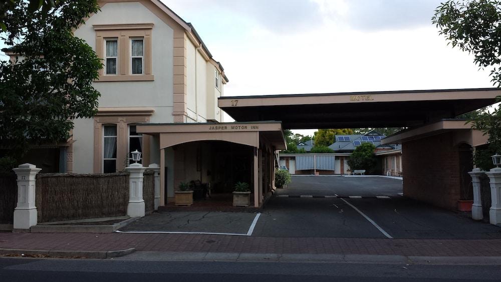 Jasper Motor Inn