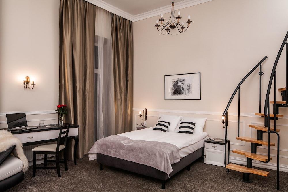 Imagine Apartments