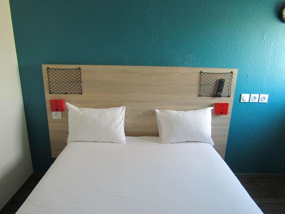 Gallery image of hotelF1 Igny Massy TGV