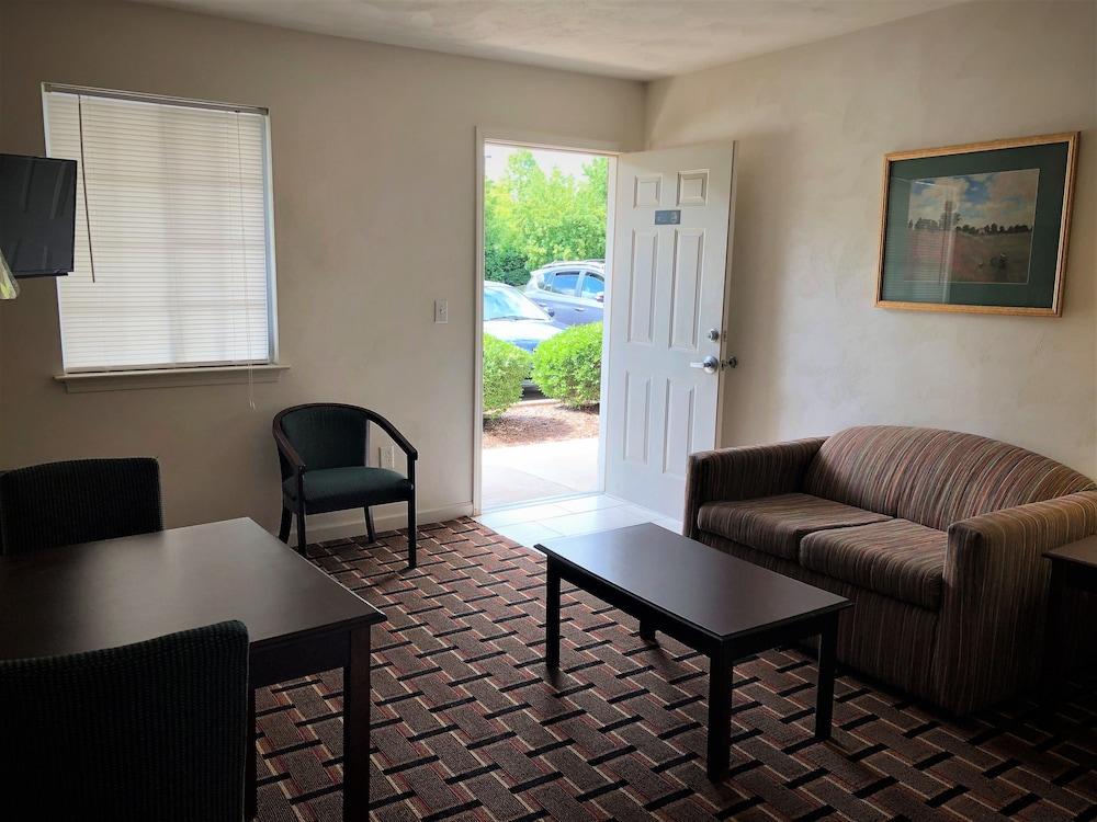 Gallery image of Corporate Suites of Burlington
