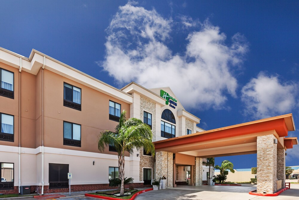 Holiday Inn Express Hotels & Suites East Houston