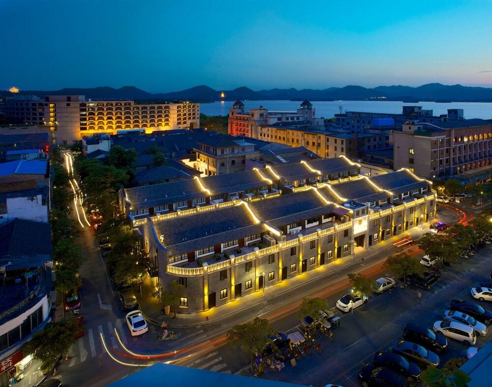 Relais & Chateaux Chaptel Hangzhou Hotel