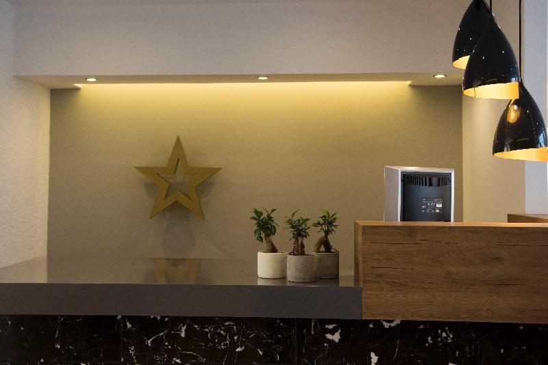 Gallery image of Golden Star