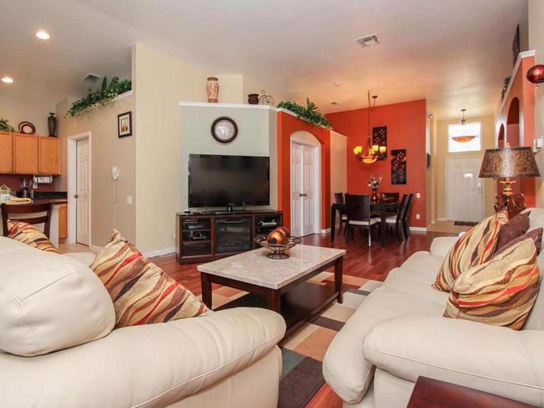 8058 Windsor Palms Resort