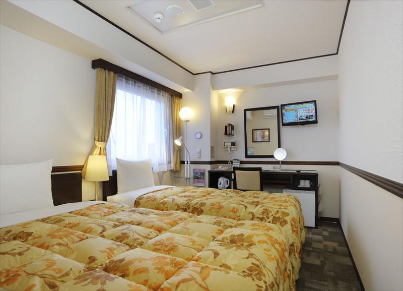 Gallery image of Toyoko Inn Osaka Temmabashi Otemae