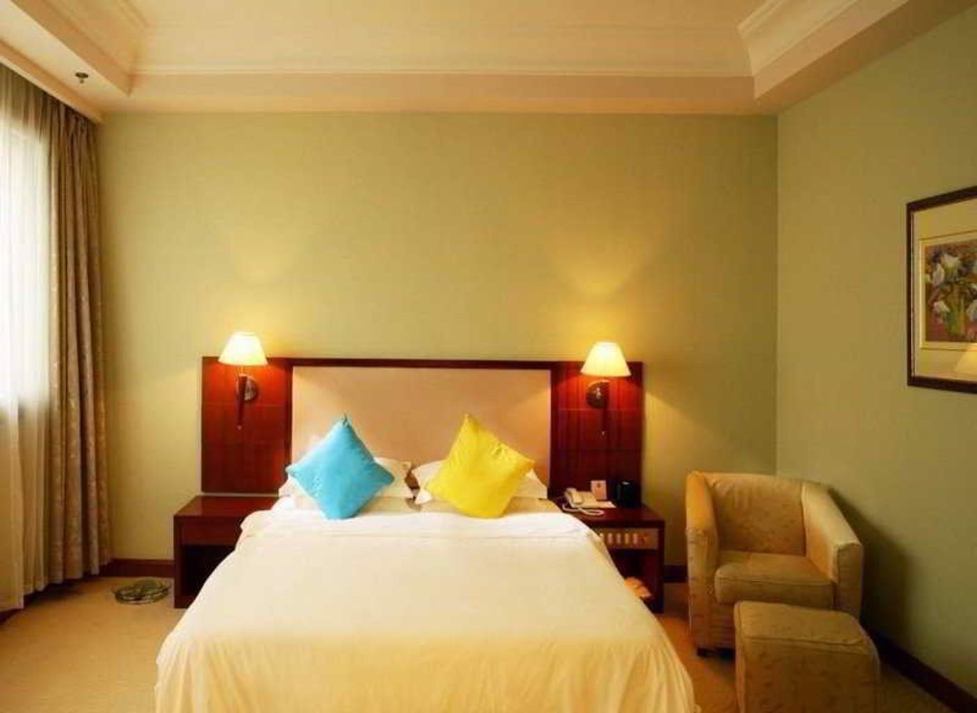 Holiday Inn Express Shanghai Zhenping