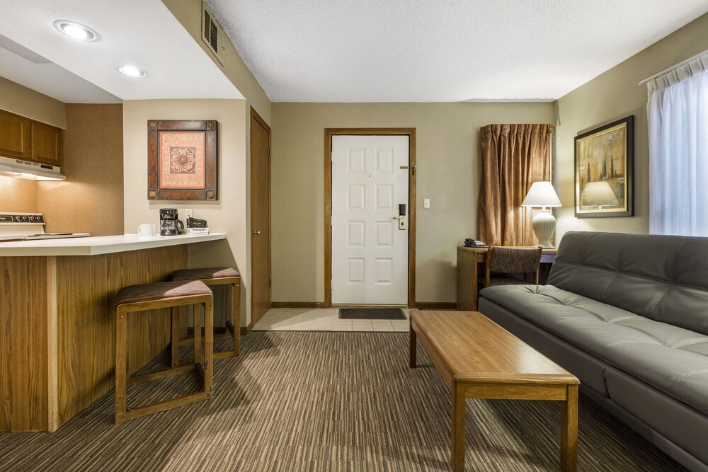 Gallery image of Arbor Suites at the Mall