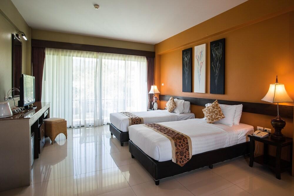 Gallery image of Poonyamantra Resort