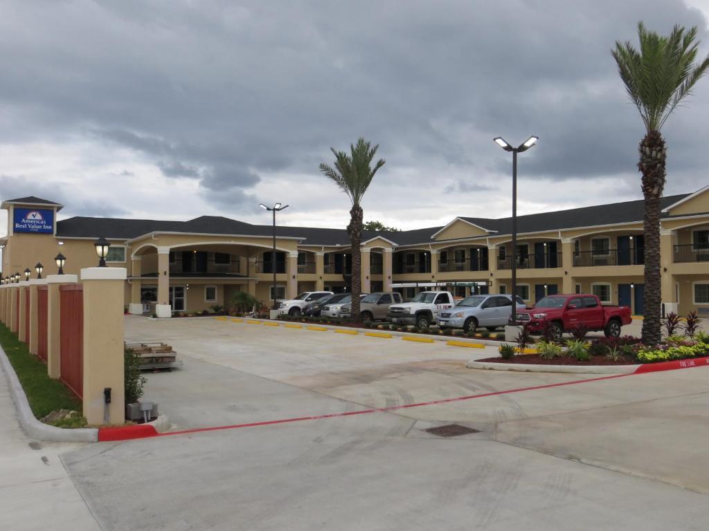 Americas Best Value Inn Houston at FM 529
