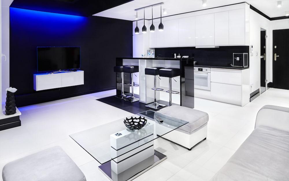 Diamonds Apartment