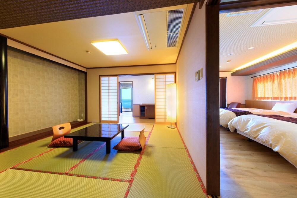Gallery image of Seaside Hotel Mimatu Oetei