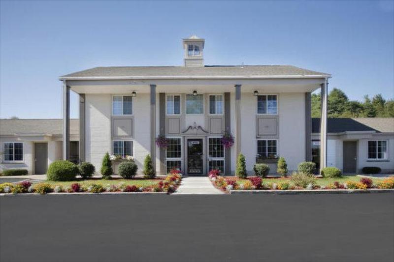 Gallery image of Americas Best Value Inn Albany East Greenbush